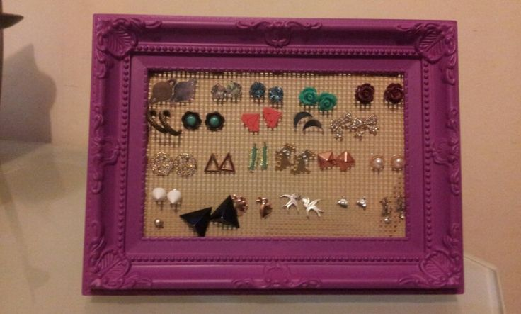 Diy Purple stud earrings holder by K@t!