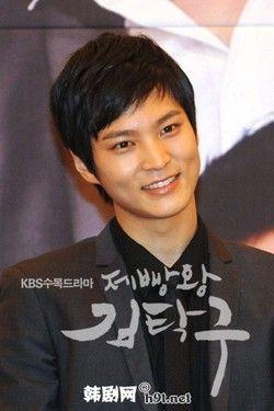 One of my favorite actor : joo won :)