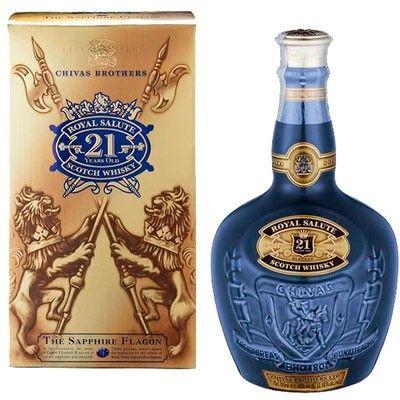 Whisky Chivas Royal Salute 21 años 70cl. por sólo 102,85 € en nuestra tienda En Copa de Balón: https://www.encopadebalon.com/es/whiskies/98-whisky-chivas-royal-salute-21-anos-70cl El whisky Chivas Royal Salute 21 años, es un whisky tipo blended procedente de Escocia producido por Chivas Brothers LTD. Fue creado en el año 1953 para conmemorar la coronación de la Reina Isabel II.