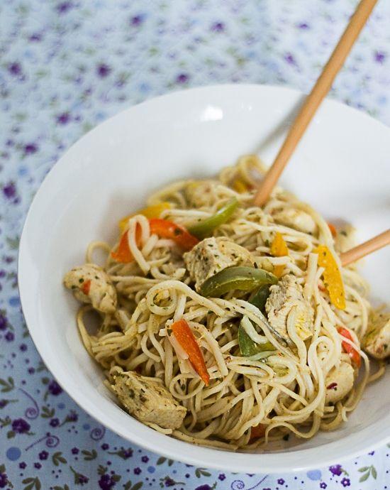 Szybki obiad- makaron z indykiem na tajską nutę