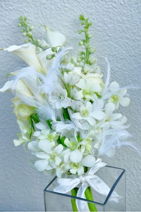 【Mio's Flower&Garden Design 】#ウェディングブーケ #ブーケ #クラッチブーケ #羽根つきブーケ #ウェディングフラワー