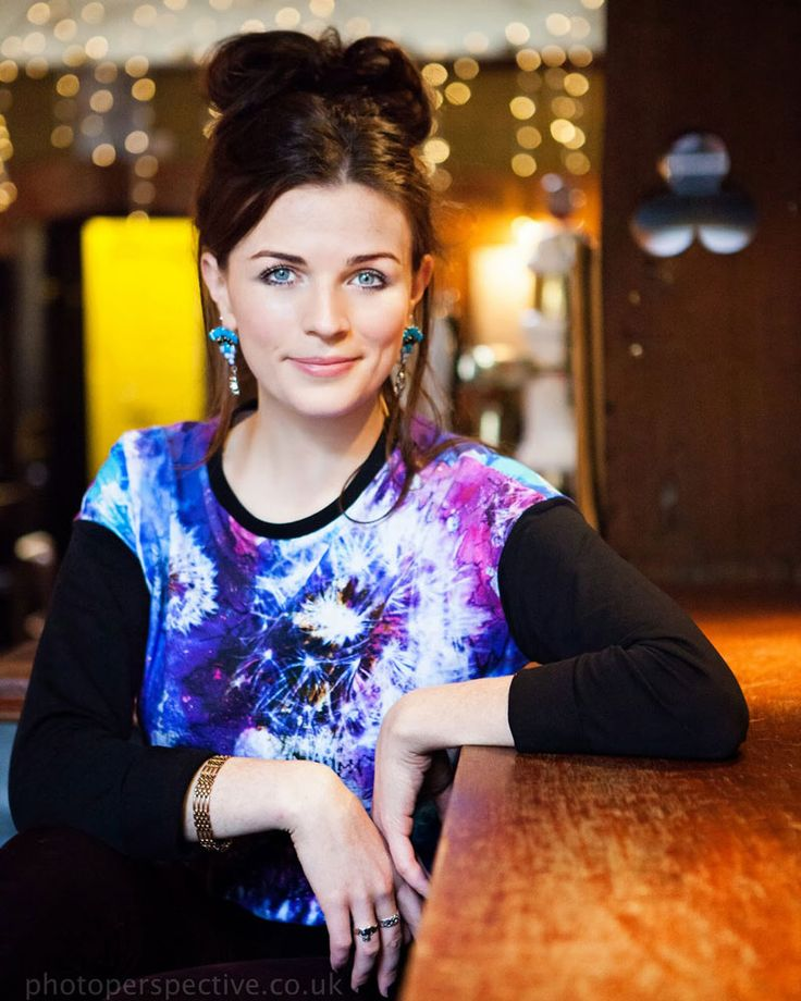 Irish Actress Aisling Bea's Heartbreaking Break-up Story, Is she engaged now? Find out!