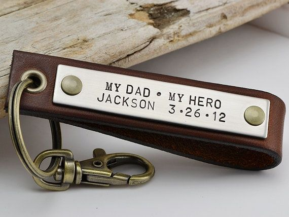 This Key Chain would be a good present for my dad on my wedding day