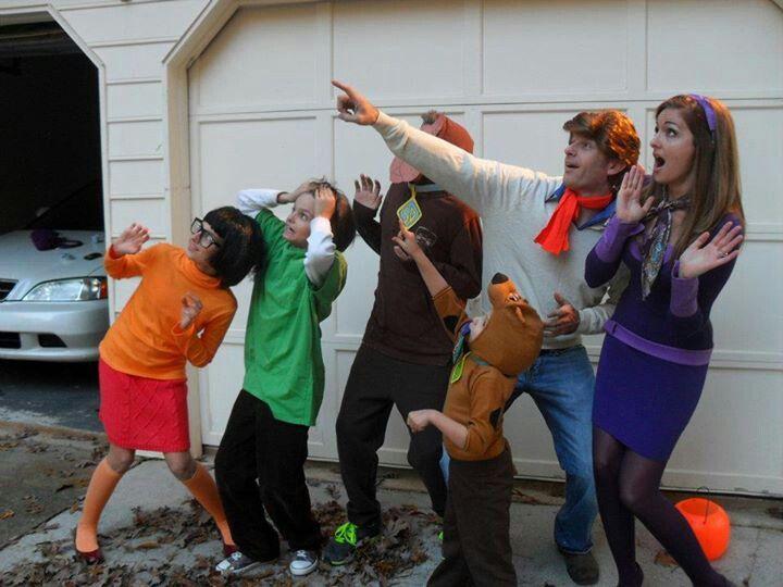 A Little Tipsy 15 Creative Family Costumes Halloween - team halloween costume ideas
