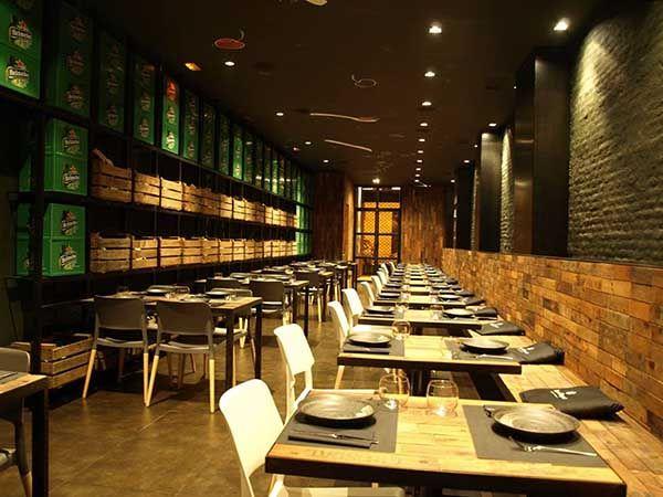 Canalla Bistro Valencia: best restaurant   http://www.yourlittleblackbook.me/canalla-bistro-valencia/  spain   restaurant design