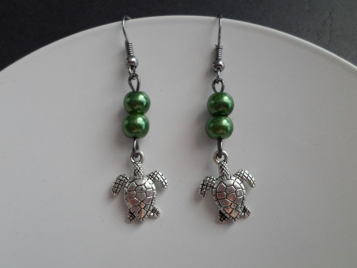 Turtle earrings with beads. by SiDaStyle on Etsy