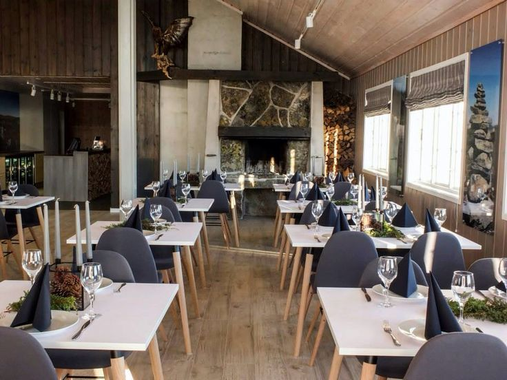 By: MOOD interiorarchitect Vibeke Sagen Dale,Norwegian Lodge at Hovden