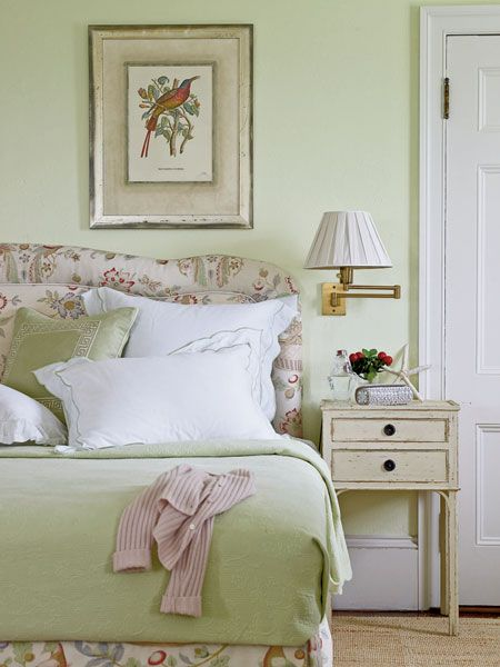 English garden inspired bedroom
