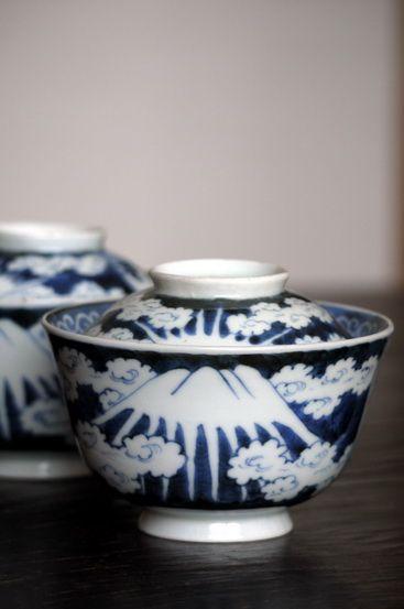 古伊万里染付富士図蓋茶碗 19世紀                                                                                                                                                                                 もっと見る