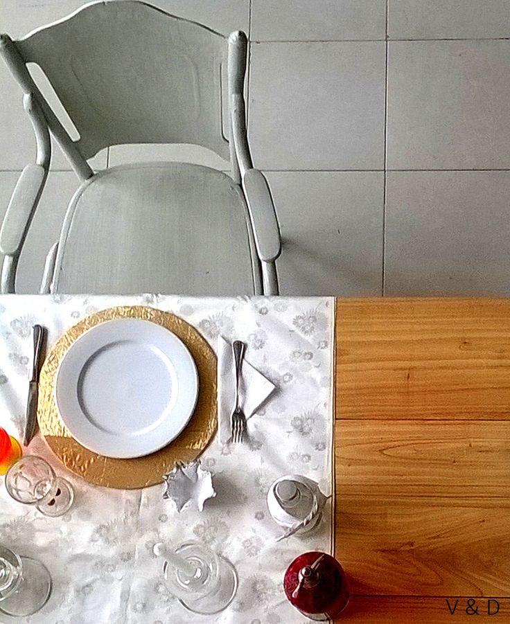 Christmas Table  #vetahouse #diseño #deco #homedecor #interiordesign #vintage #classic #white #silver #dinner #night #home #house