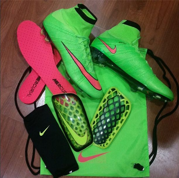 Nike  Superflys and  Flylite  Shinguards  Soccer  46623a2ba8