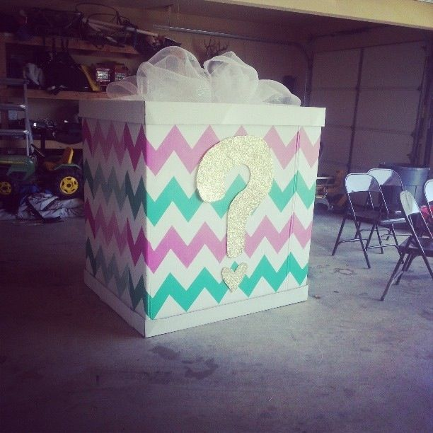 Gender reveal, bow or beau, balloon box, reveal party, chevron, mint and pink, He?She? What will it be?