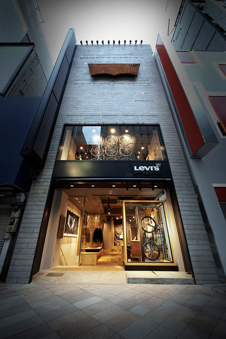 Shopfront layout... could this work with shop in shop? ... Levis Shinjuku store, Tokyo store design
