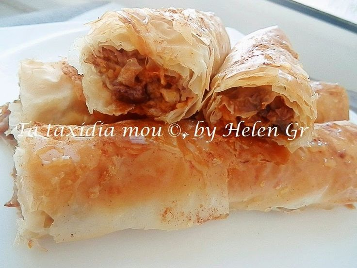 Η γλυκιά Κολοκυθόπιτα, μια νοστιμότατη παραδοσιακή πίτα, συνηθίζεται,   ακόμα και τώρα , να φτιάχνεται στα χωριά της Ηλείας, ιδίως στην πε...