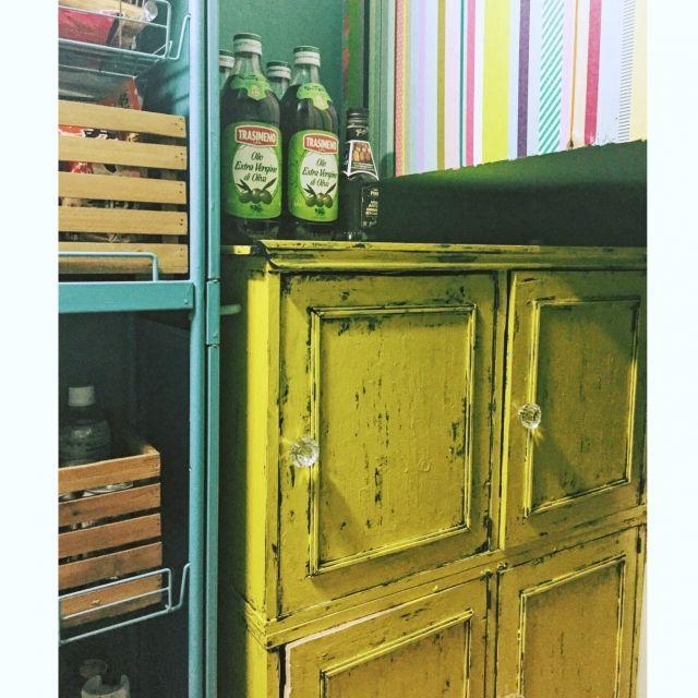 edamuさんの、キッチン,アンティーク,収納,antique,キッチン収納,カラーボックスリメイク,フレンチシック,ペンキ,エイジング塗装,カラーボックス 扉,フレンチシャビー,フレンチアンティーク,のお部屋写真