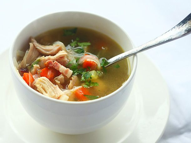 Thanksgiving #Leftovers: Roast Turkey Soup