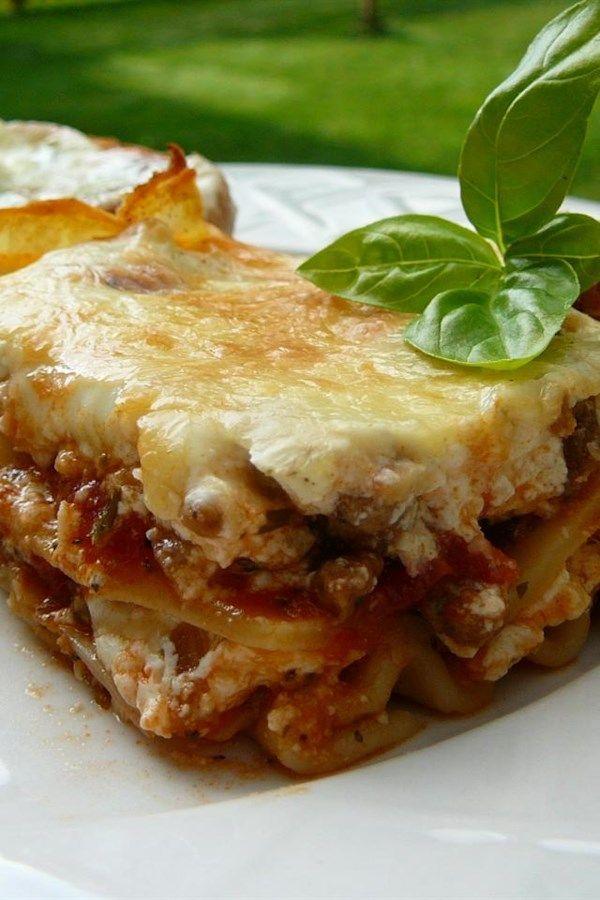 Grandma S Best Ever Sour Cream Lasagna Recipe Lasagna Recipe Recipes Lasagna