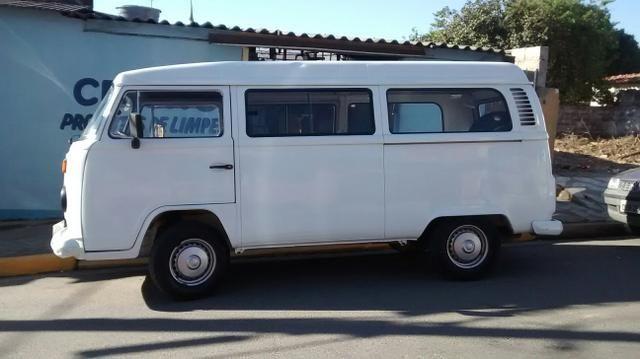 http://sp.olx.com.br/regiao-de-sorocaba/veiculos/carros/anuncio-de-carro-103495840?xtmc=Kombi&xtnp=9&xtcr=49