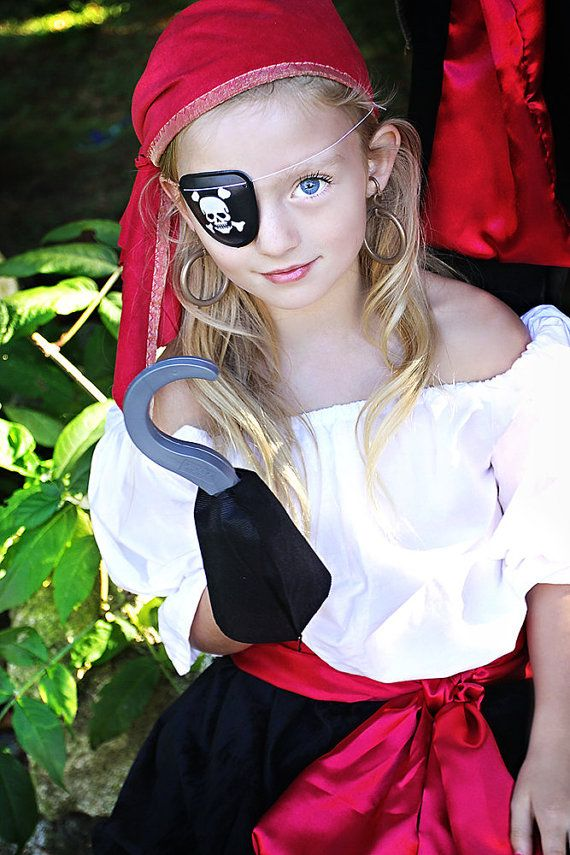 This listing is for a gorgeous Pirate Girl set , hand made of high quality materials and modeled by 1 very adorable 7 year old.    The set includes