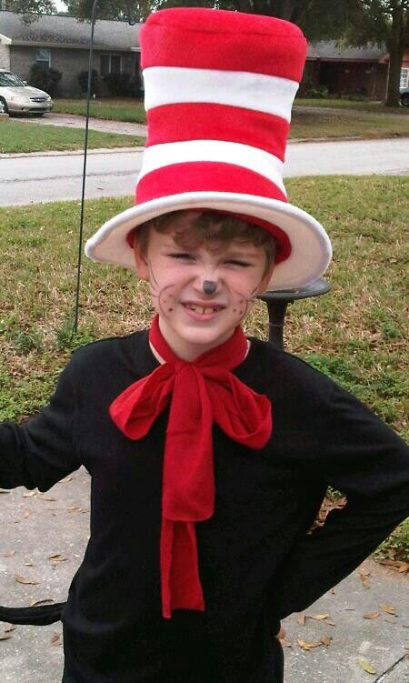 Cat in the hat costume by Tina Mix. Halloween diy Dr. Seuss www.tinamixonline.com