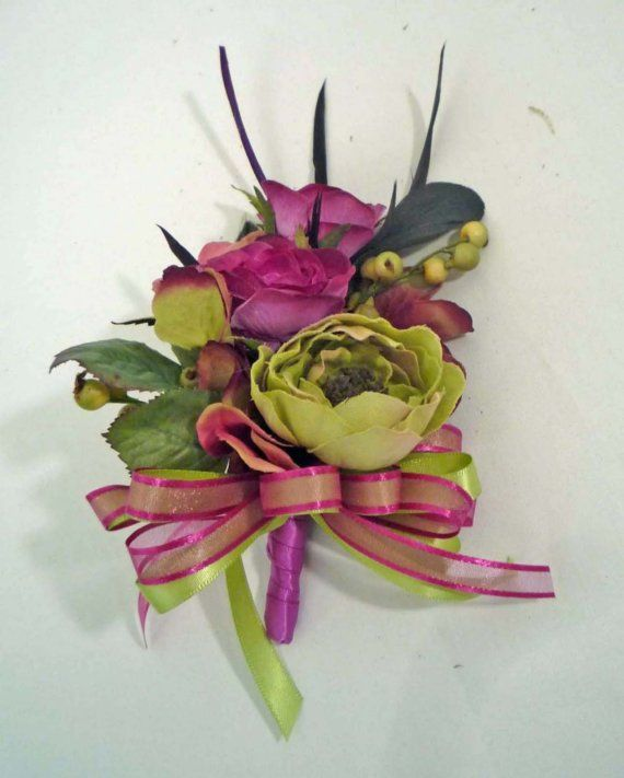 Another option for rose and ranunculus corsage for the aunties.