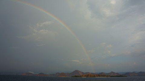 Komodo Island Rainbow, East Nusa Tenggara - Indonesia | TravelJunkieIndonesia.com
