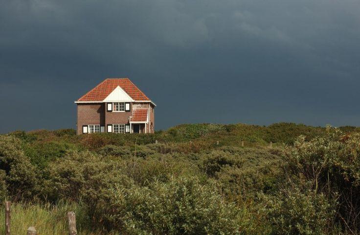 Nieuwe trend: niet alleen de jongeren vertrekken uit Zeeland, maar nu ook de ouderen. Hoe komt dat?