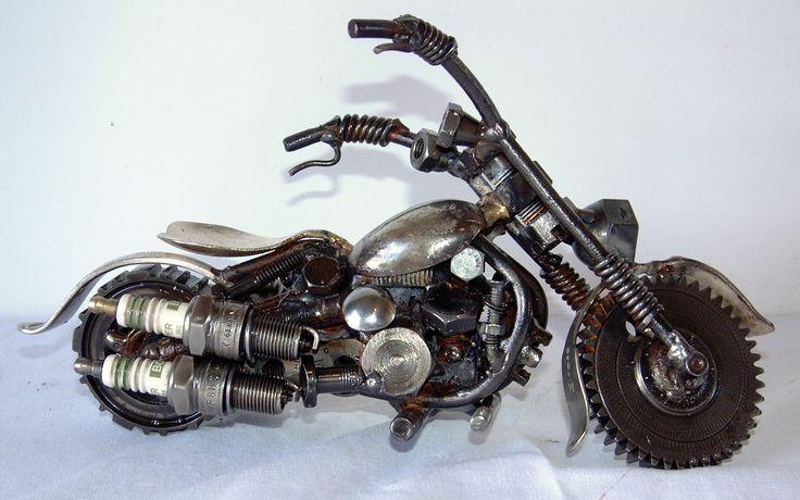 Motorbike. Recycled steel. Marti Wong Sculpture.
