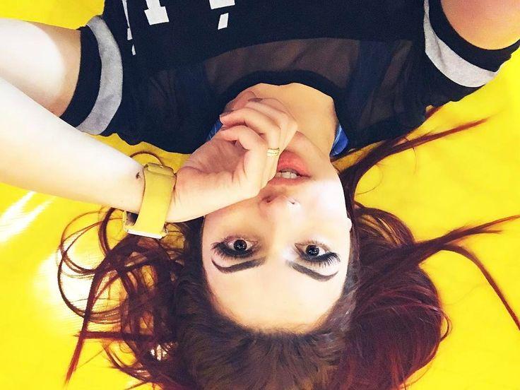 Amareloooooo ⭐️⚡️✏️