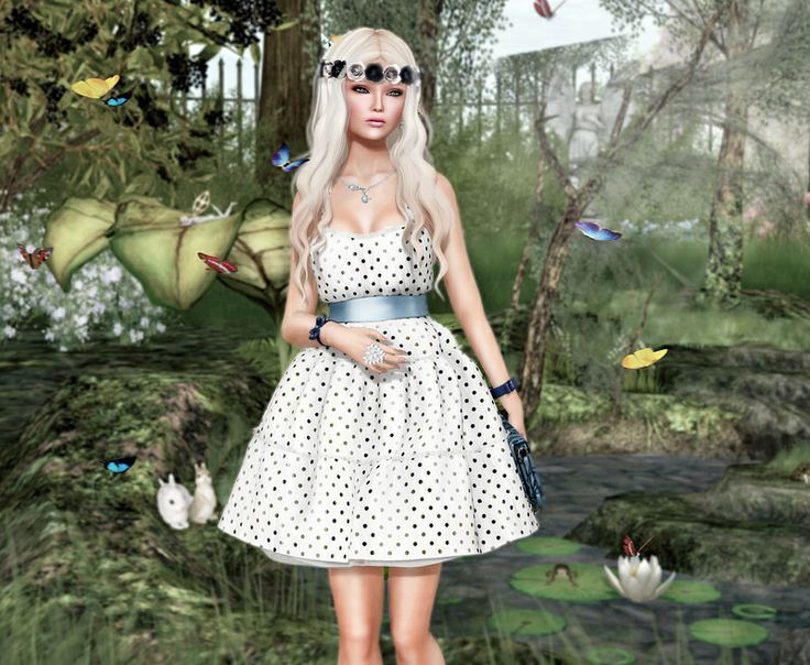 Tres Blah Fluffy Dress &Tableau Vivant for C88