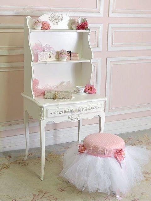 Фотография: Декор в стиле Кантри, Детская, Декор интерьера, Декор дома, Шебби-шик, как оформить детскую для девочки, текстиль в детской, детская в стиле шебби-шик – фото на InMyRoom.ru
