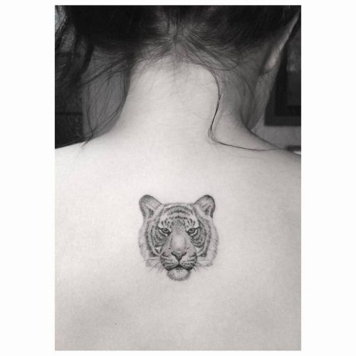 the 25 best tiger tattoo small ideas on pinterest tiger tattoo tiger head tattoo and arm. Black Bedroom Furniture Sets. Home Design Ideas