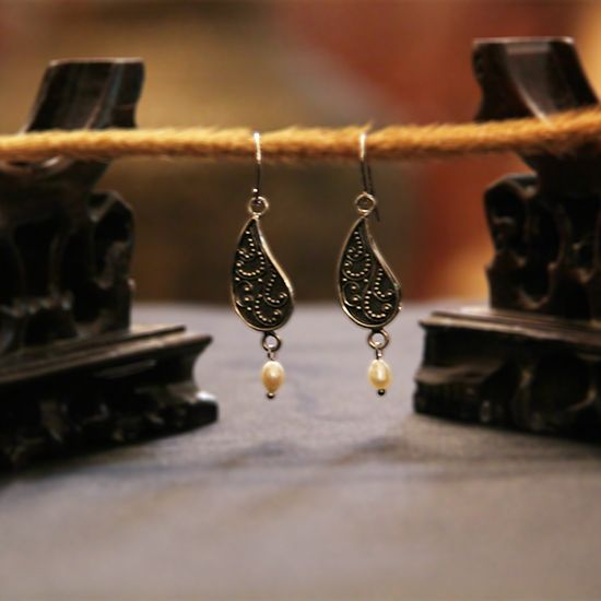 Freshwater Pearl  | Silver | Pasley Earring