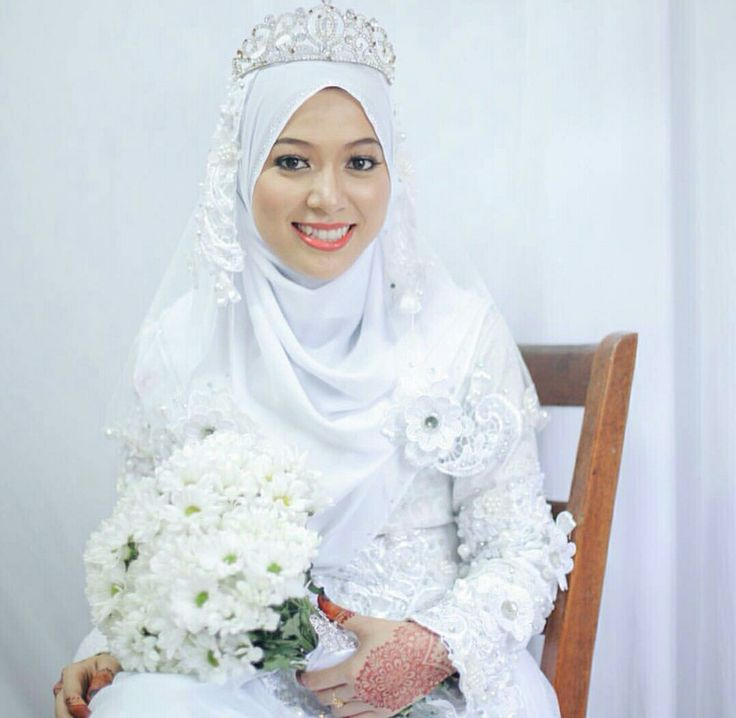 All white with tiara...so sweet.... photo @ sweetnessbyhm