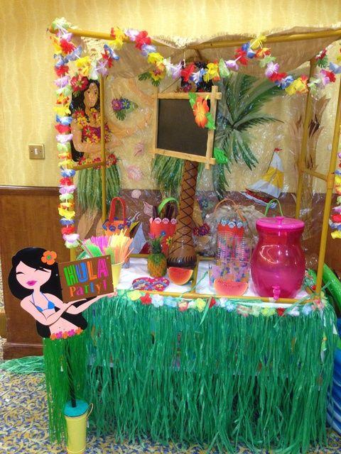 "Photo 1 of 31: Hawaiian Luau / Summer ""Aloha party"" | Catch My Party"