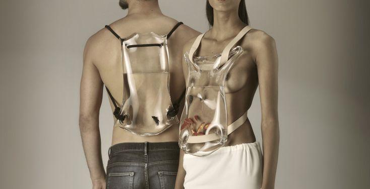 """Sabrina Lucas, graphiste, illustratrice, styliste, présente pour le festival nantais SPOT un défilé de mode sur le thème : """"La mode en transparence""""."""