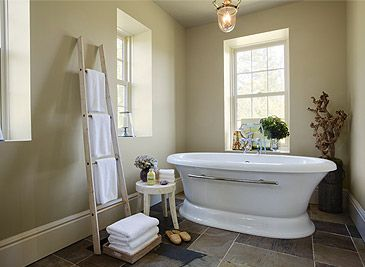 Paint colours benjamin moore warm greys like pashmina for Warm bathroom colors