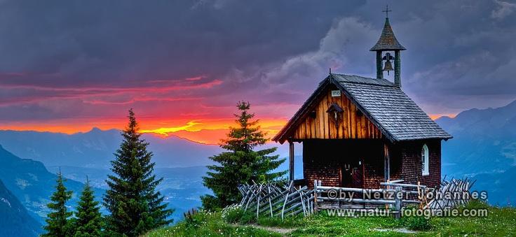 Gewitterstimmung in den Alpen. (Montafon, Vorarlberg, Austria)