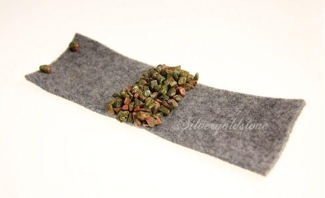 Zielona bransoletka z filcu