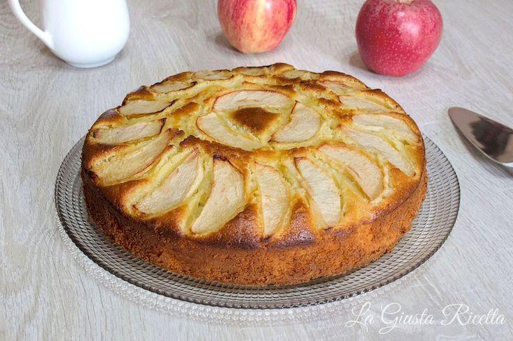 Torta di mele - La Giusta Ricetta - Ricette semplici di cucinaLa Giusta Ricetta – Ricette semplici di cucina