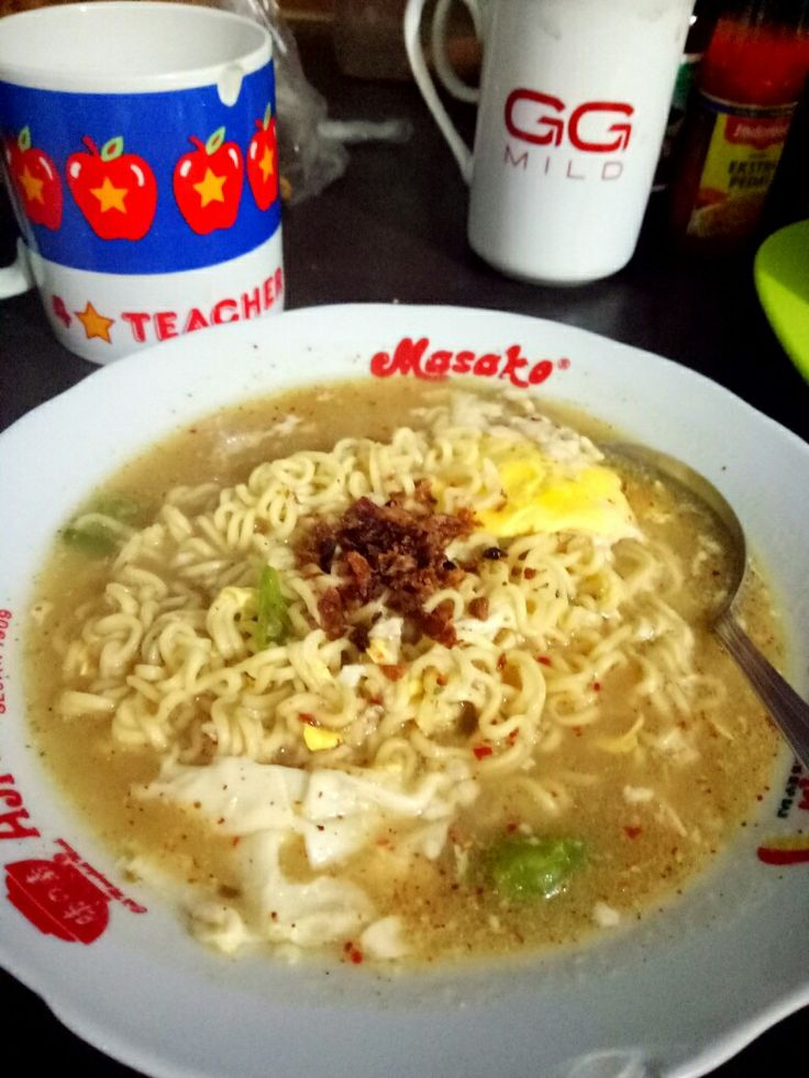 Indonesian Instant Noodles cooked with egg