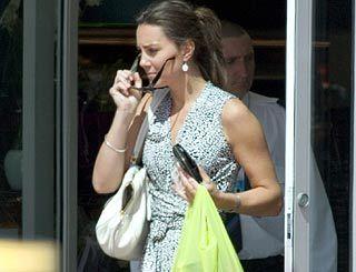 kate middleton latest news | Celebrity News on Kate Middleton Keeps Busy Latest Celebrity News ...
