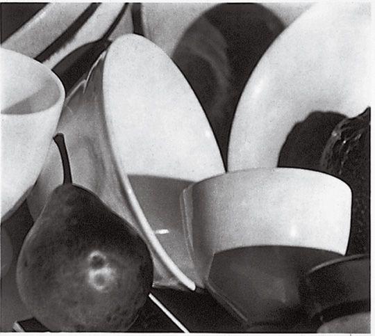 Paul Strand - Still Life, Pears