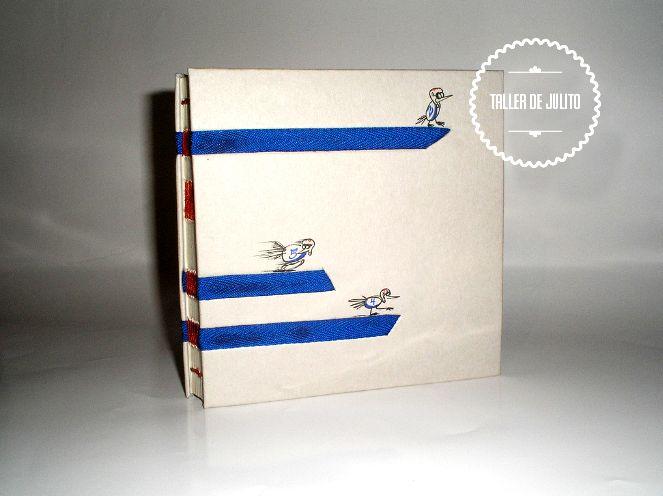 Encuadernación Francesa. 20 x 20 formato cerrado. 100 pgs