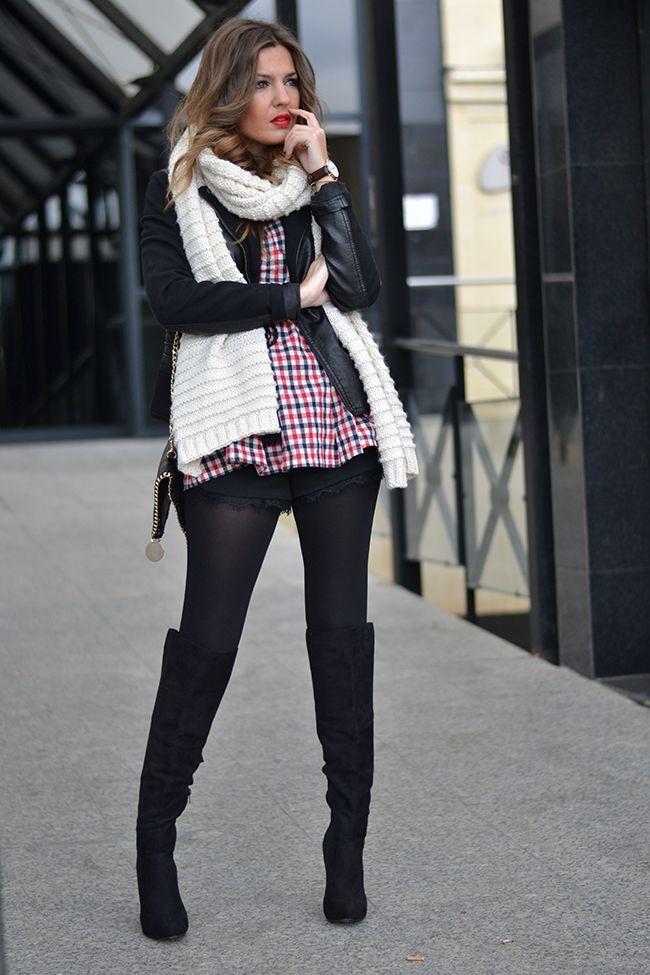 Será que ainda podemos usar short com meia-calça?! A resposta é sim, claro! ;) O short é sempre mais despojado e casual, por isso fica ótimo nos looks...
