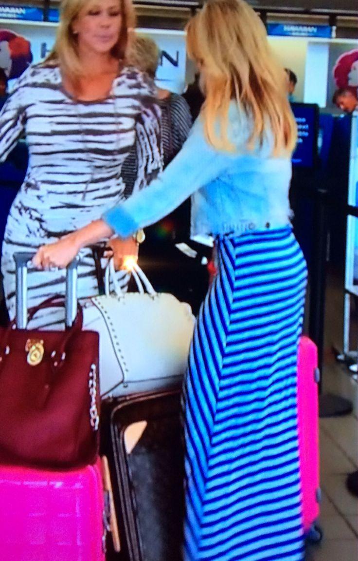 Tamra Judge & Vicki Gunvalson's Purses in Hawaii | Big Blonde Hair : Big Blonde Hair http://www.bigblondehair.com/real-housewives/rhoc/tamra-judge-vicki-gunvalsons-purses-hawaii/