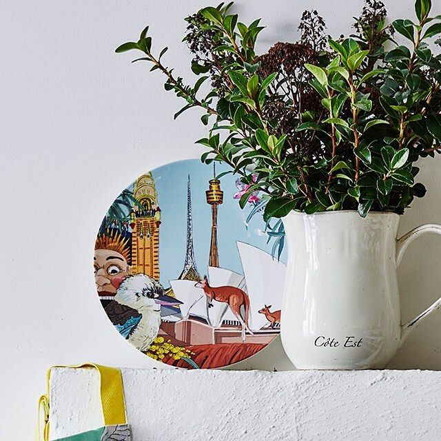 Your favourite M-AUSSIE print is now available in melamine! Perfect for overseas gifting or as mantelpiece art.