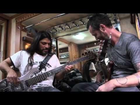Warwick - Fuss On the Buss 2 - Robert Trujillo, P-Nut, Steve Bailey Jam
