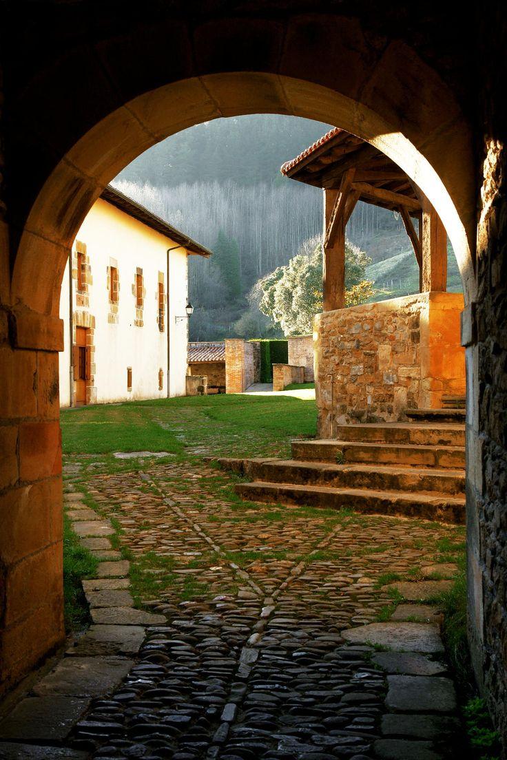 Monasterio de Zenarrutza (Bizkaia) #Bizkaia #Camino de Santiago #Monasterio de Zenarrutza