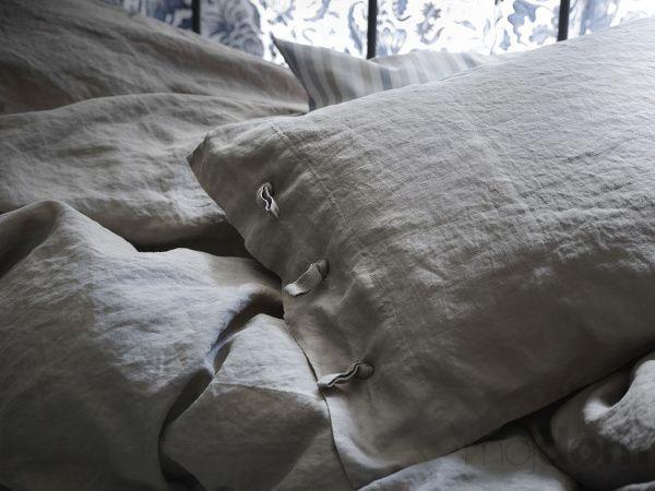 Beautiful Linen bedset at Ikea.. Must get!!! Linblomma